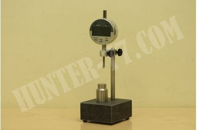 SINCLAIR BULLET SORTING STAND with Dial Indicator