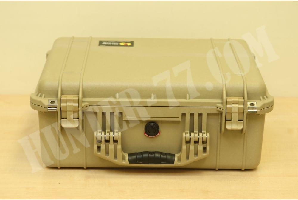 Кейс с пеной Pelican 1550 Camera Case With Foam (Desert Tan)