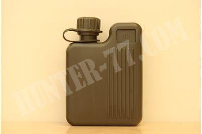 Фляга плоская пластиковая 1 литр (2 кварты)