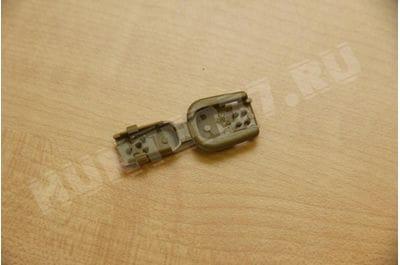 Plastic clip trailer lock paracord and zipper
