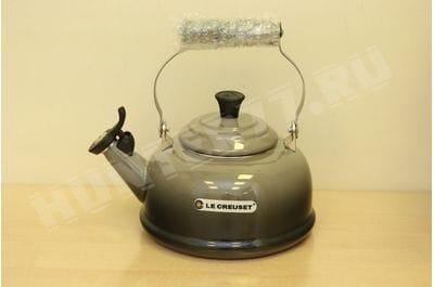 Чайник со свистком Le Creuset 1.6L коричневый Truffle