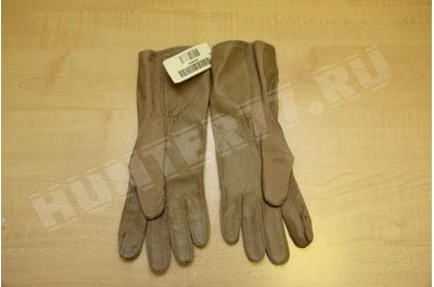 Non-combustible flight gloves of the US Army